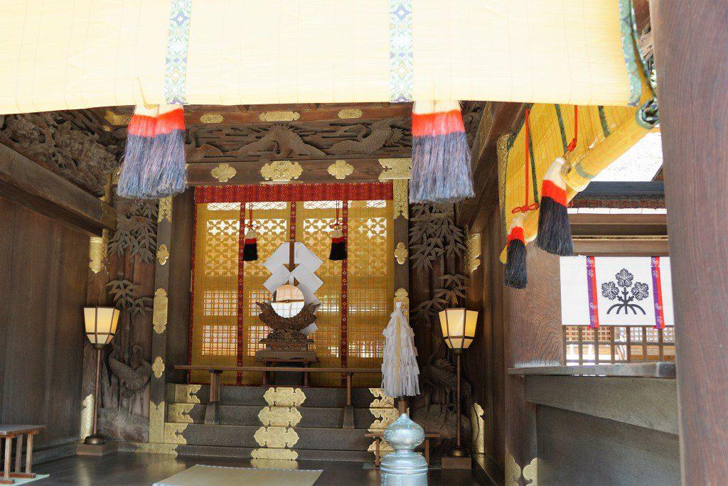 諏訪大社秋宮 拝殿