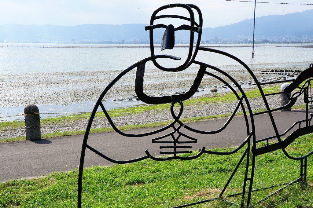 諏訪湖 万次の石仏アート
