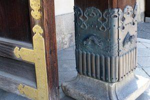 西本願寺 唐門 柱