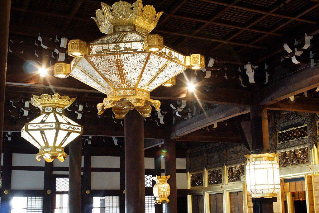 西本願寺 御影堂 照明