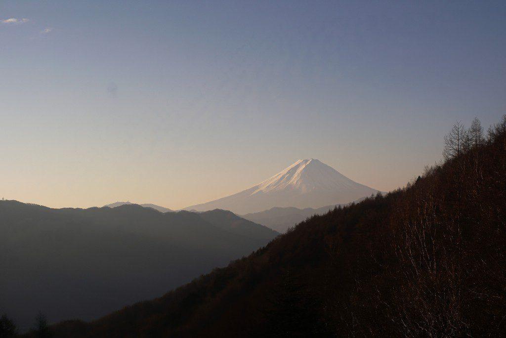 柳沢峠からの富士山