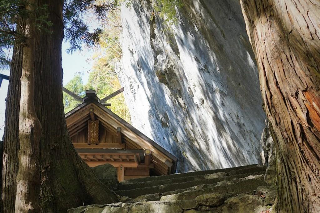 奥多摩 白髭神社 大岩
